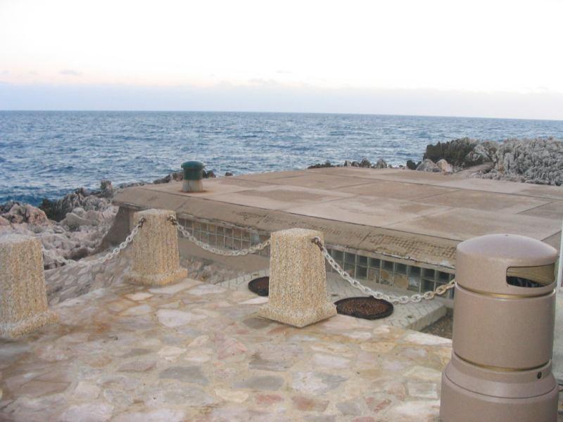 Actuellement les eaux usees de Roquebrune sont regroupees et ...